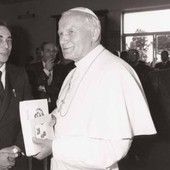 Pier Augusto Breccia With Pope John Paul Ii 1985